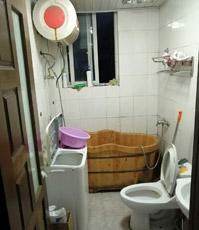 厨房、洗手间防水系统老化?排水是否通畅?