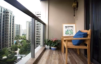 阳台地面选择什么样的砖,既好看还耐用?