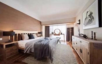 卧室带个小阳台,要如何装才能不浪费?